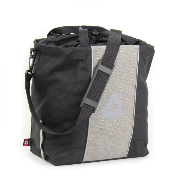 The Shopper pannier in black/gray color with shoulder strap