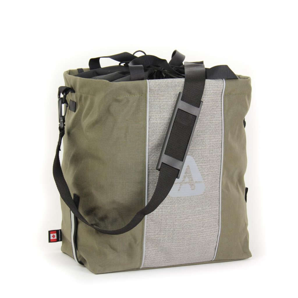 The Shopper pannier in olive/grey color with shoulder strap