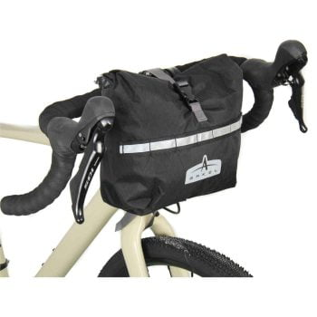 BB Packer Waterproof Handlebar Bag (unit)